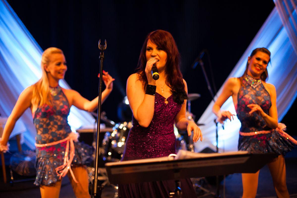 Latin show