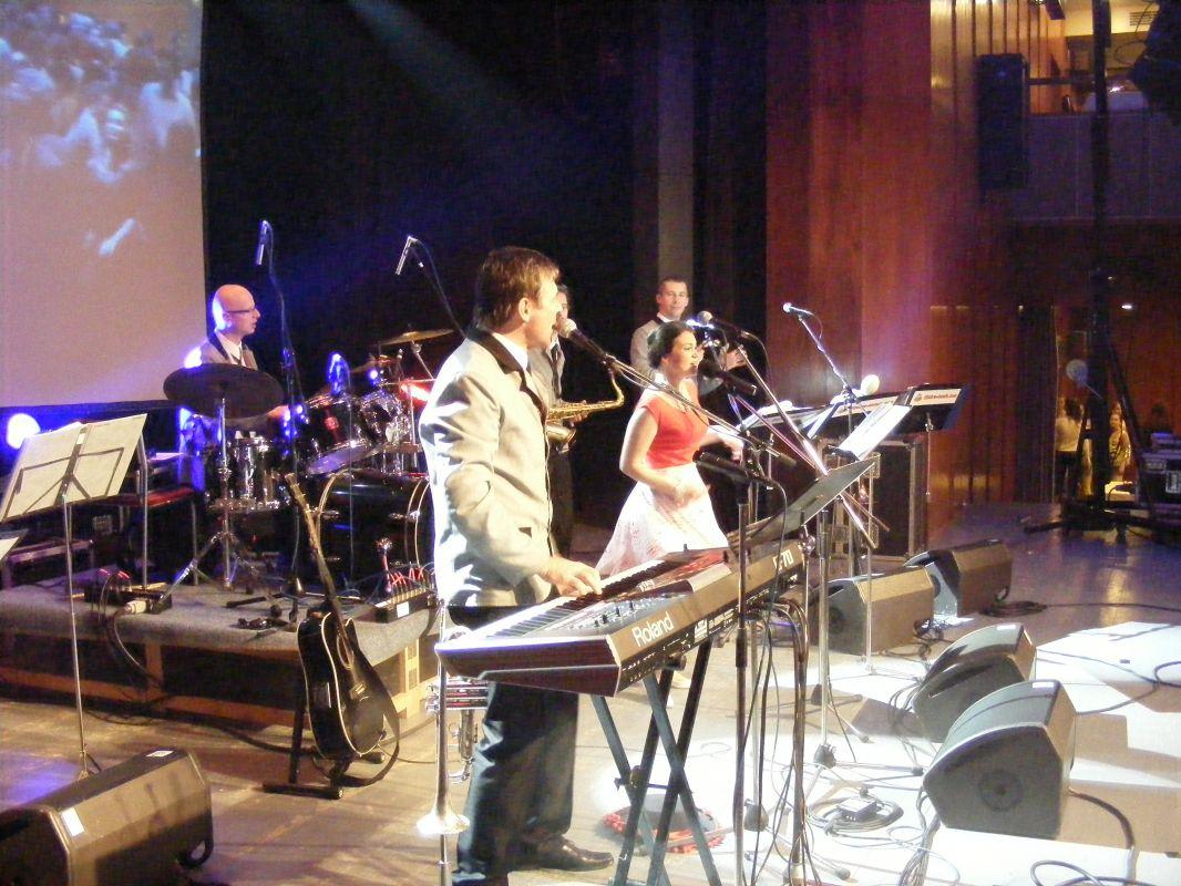 Česko-slovenská show